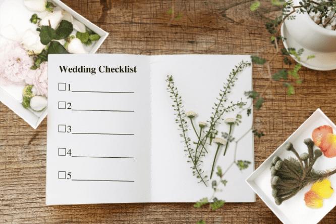 結婚式までに準備すること
